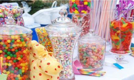 Kids candy table idea