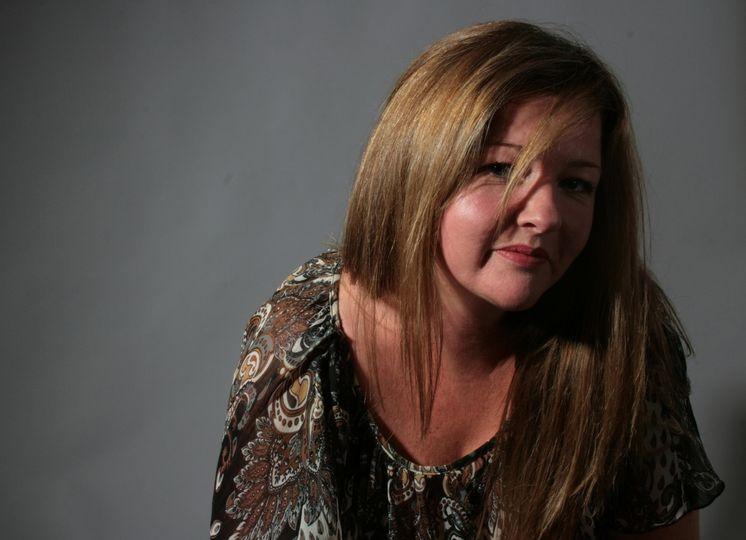 Mel Conway Vocalist