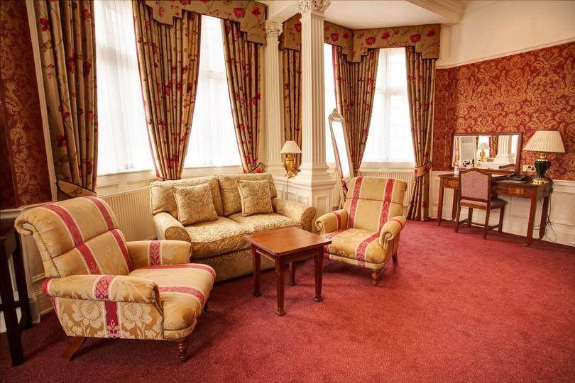 Grim's Dyke Hotel 78