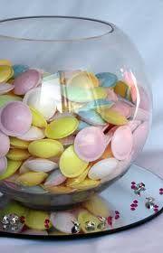 Flying saucer fishbowl