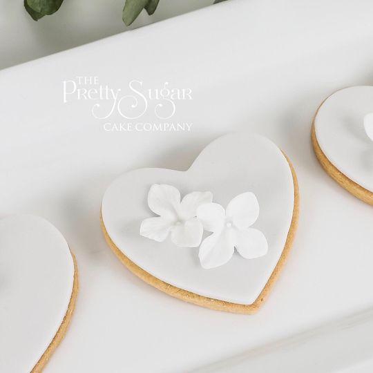Grey hydrangea heart cookies