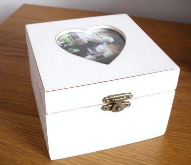 Cream Wooden Kepsake Box.JPG