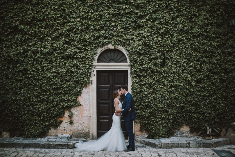 Bride and groom in Apulia