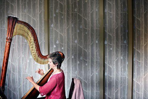 Live harp music !