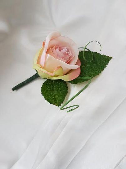 Single Rose Buttonhole