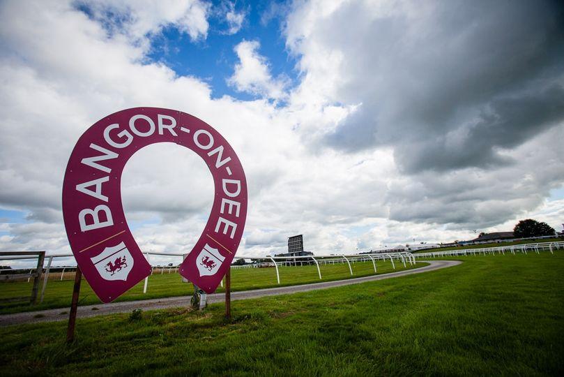 Bangor-on-Dee Racecourse 13