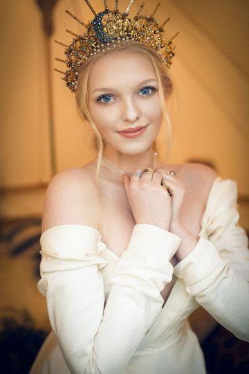 A royal look
