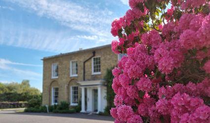Hadlow Manor 1