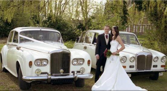 bentley s3 and daimler limousine