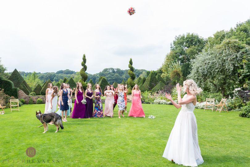 The bouquet toss!