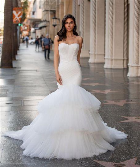 Bridalwear Shop Bella Sposa Bridal Boutique 52