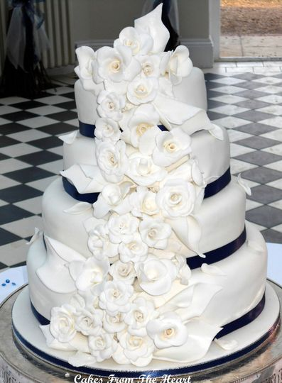 Rose and Lily cake