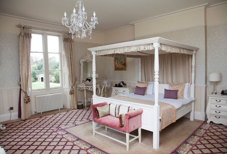 Bridal suite room
