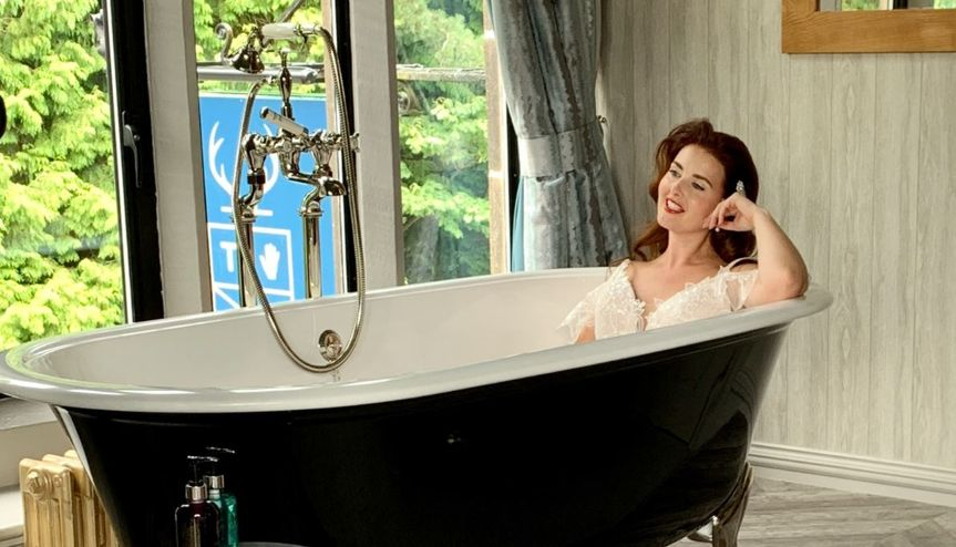 Bride in a bath, why not!