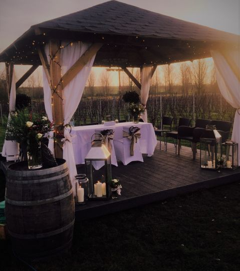 Intimate wedding in December