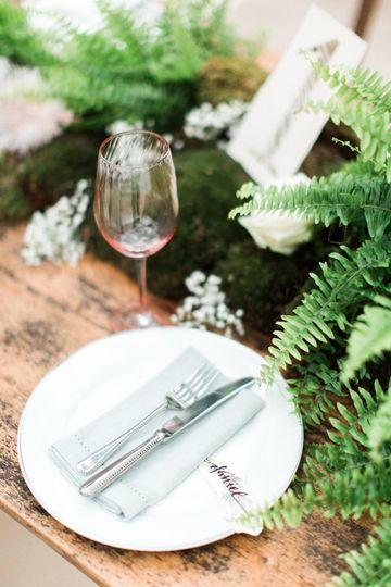 Charlotte Munro Weddings place setting