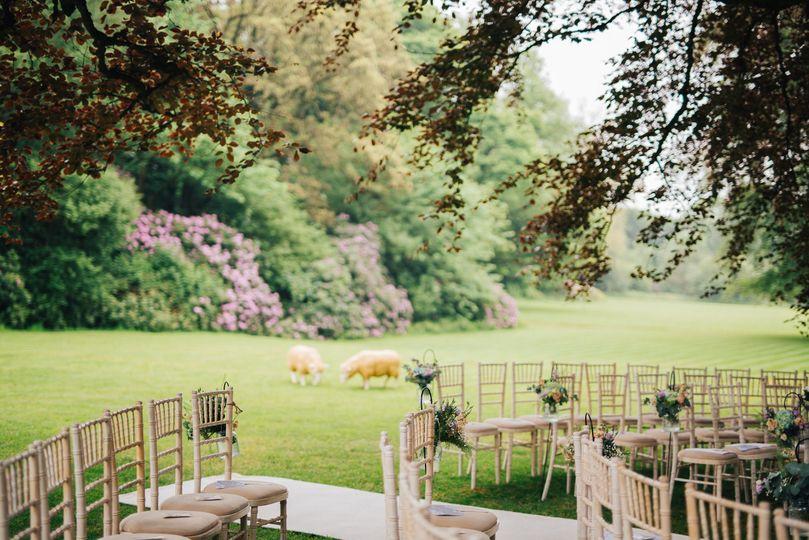 Elegant countryside surroundings