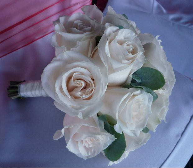 Tied Rose Bouquet