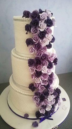Lovers Cascade Wedding Cake
