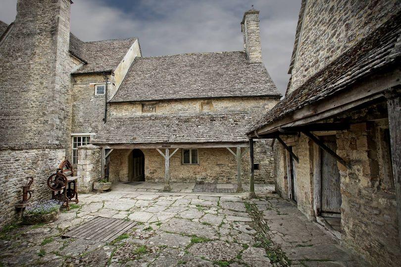 Cogges Manor Farm 7