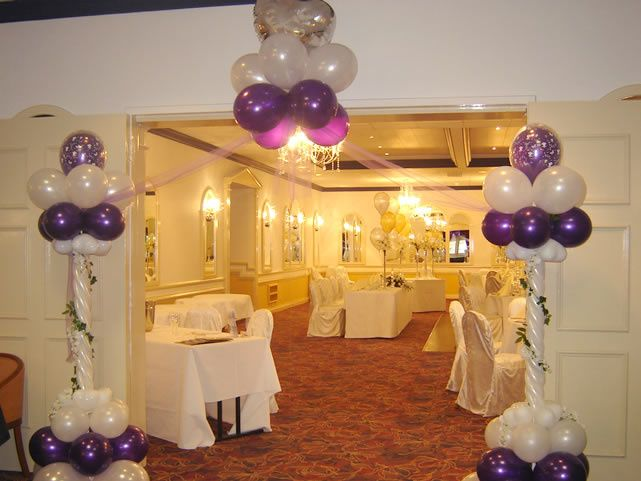 Balloon Displays & Party Accessories