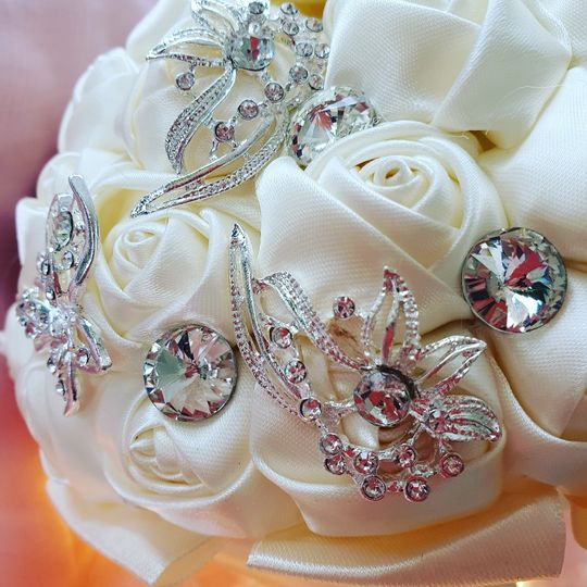 bridal posy 4 275495 159955137156338