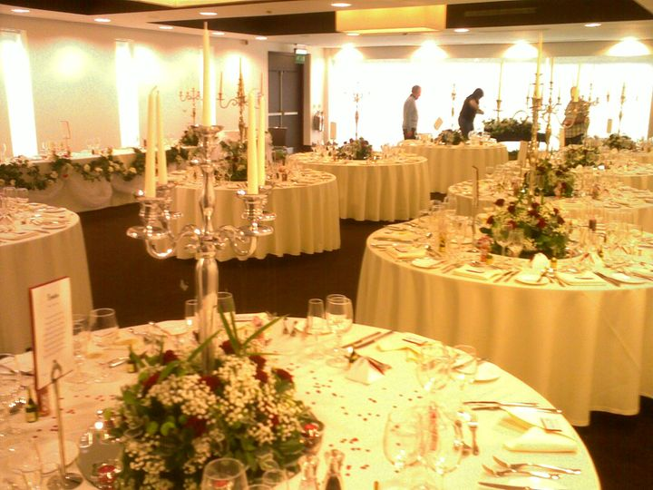 Linen Hire & Table Centrepiece