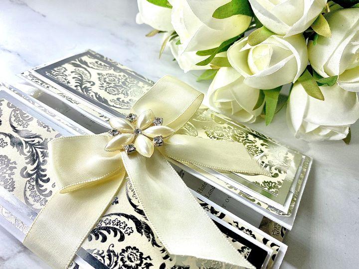 Customisable ivory invite