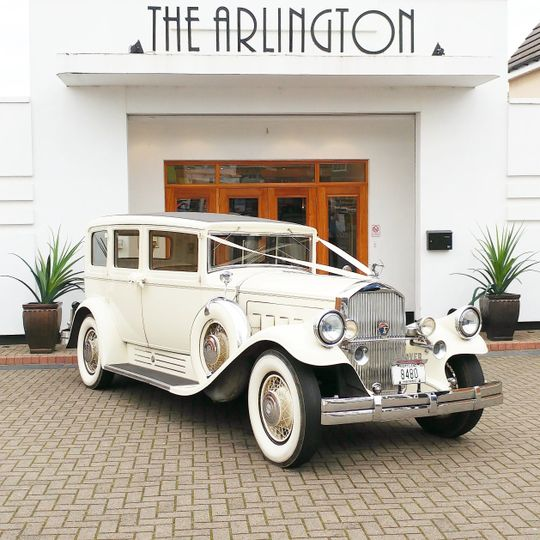 1930 Pierce-Arrow Limousine