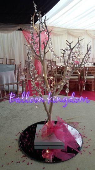 Manzanita tree ccenterpiece