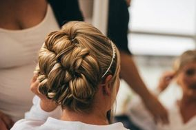 Deakin's Bridal Elegance Hair & Beauty