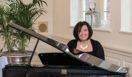 PianoDaisy - Professional Pianist