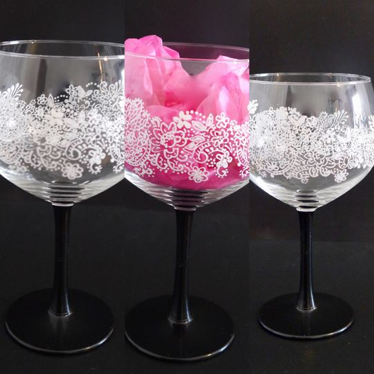 Gin glasses with lace design
