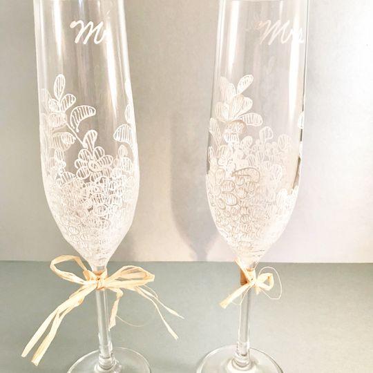 Champagne flutes rustic design
