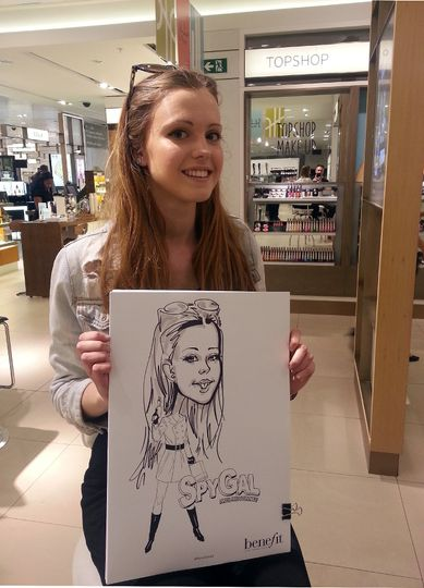 Caricature artist on the spot