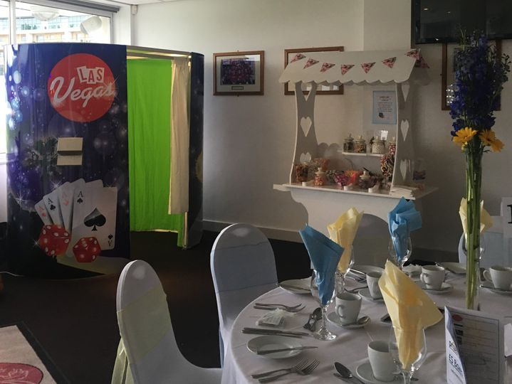 Photobooth and Sweet cart