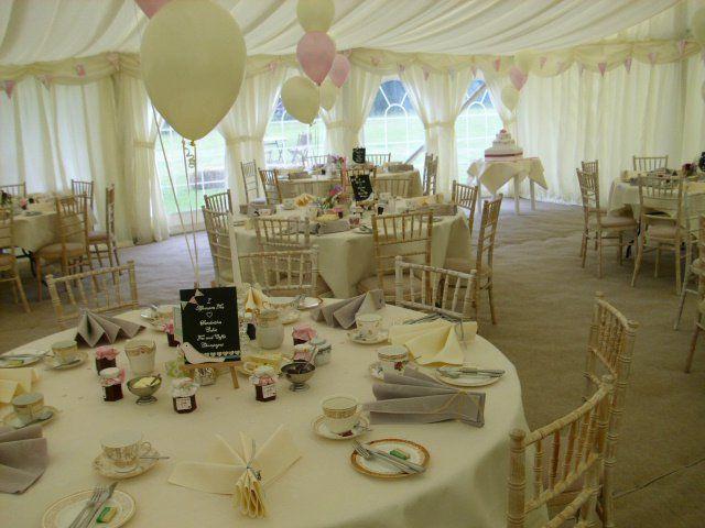 Pastel wedding colours