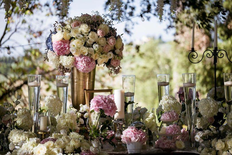 Tuscany deam set up flowers