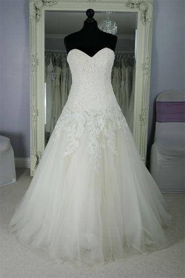 Bridalwear Shop Infinity Dresses 11