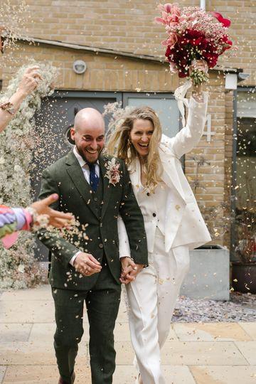 Bridal bouquet & installation