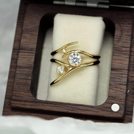 Fairtrade gold bridal ring set
