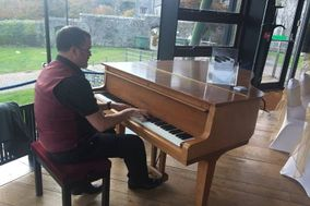 Jeremy Richards - Wedding Pianist South Wales