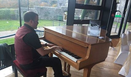 Jeremy Richards - Wedding Pianist South Wales