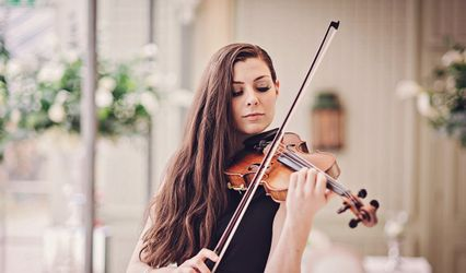 Emma Fry Violinist 1