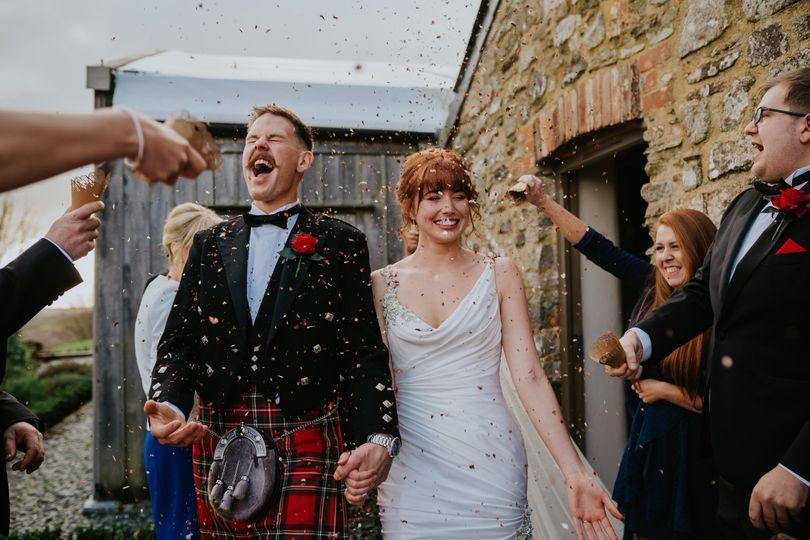 Micro-Wedding Confetti