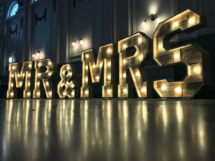 Rustic Mr & Mrs