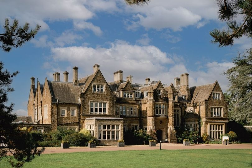 Hartsfield Manor, Betchworth