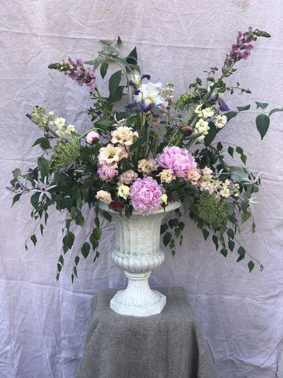Wild wedding urn