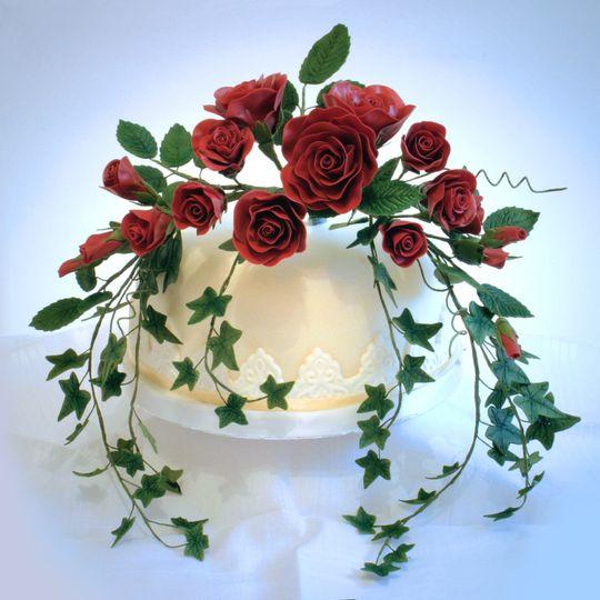 i tier rose wedding cake 4 105840