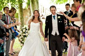 White Petal Wedding Photography